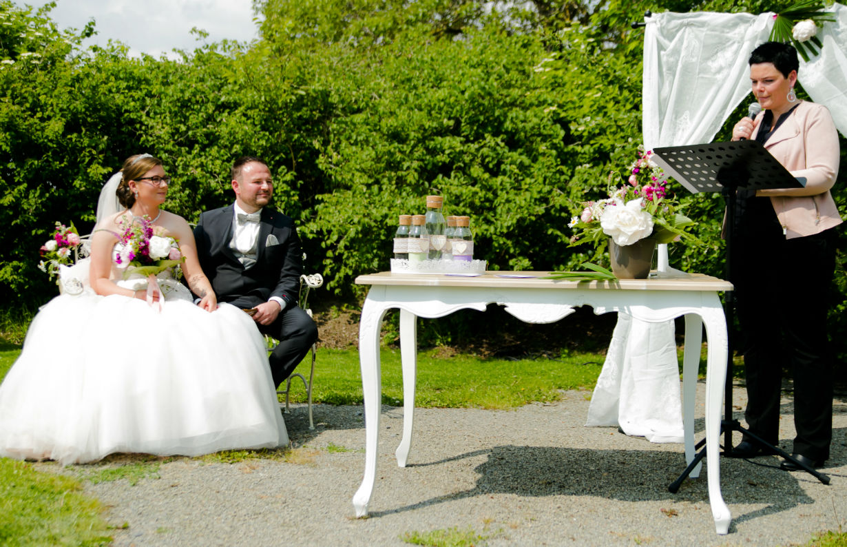 Hochzeitsfotograf Friedelsheim Freie Trauung in der Pfalz