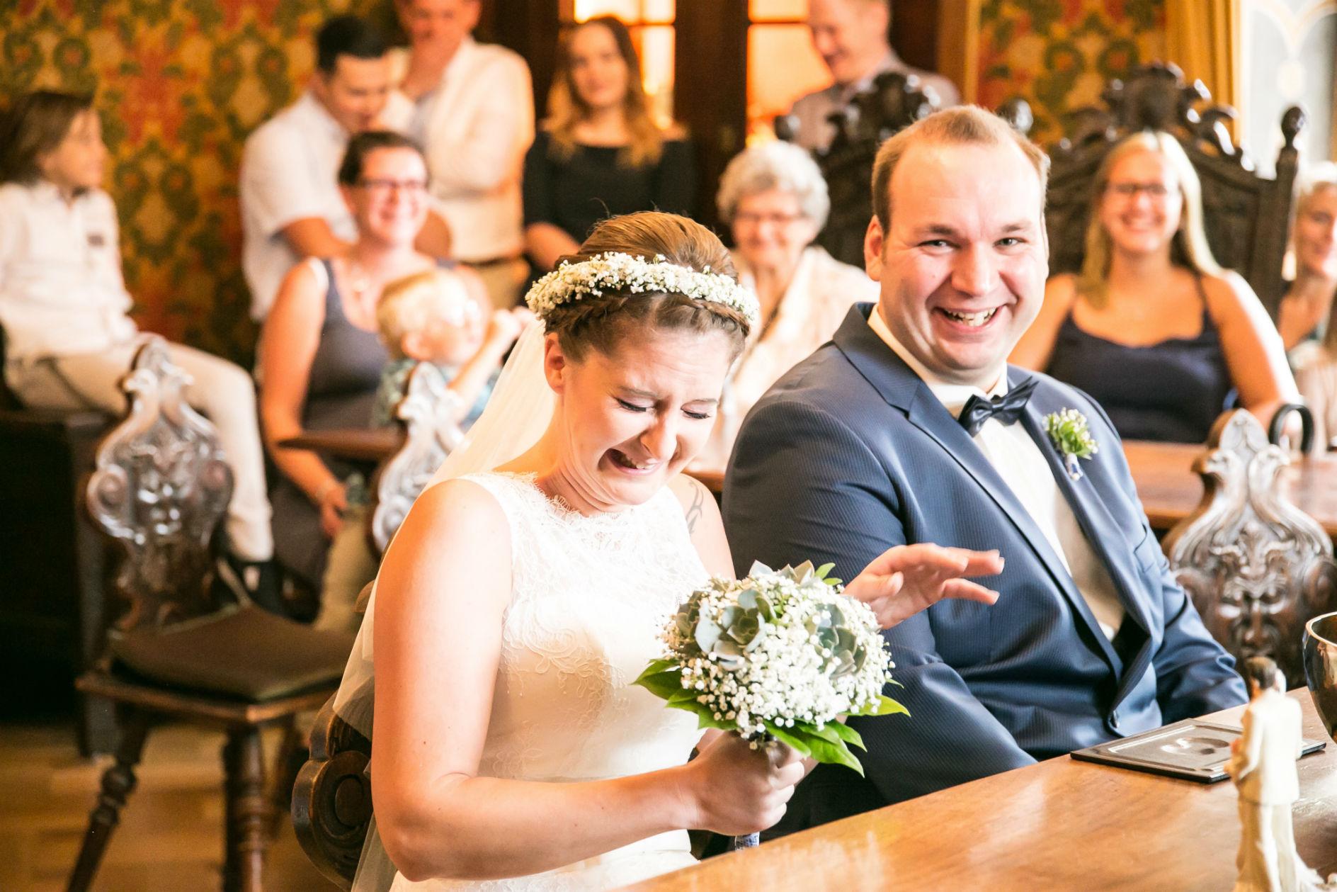 Hochzeitsfotograf Annweiler Brautpaar KirchePfalz