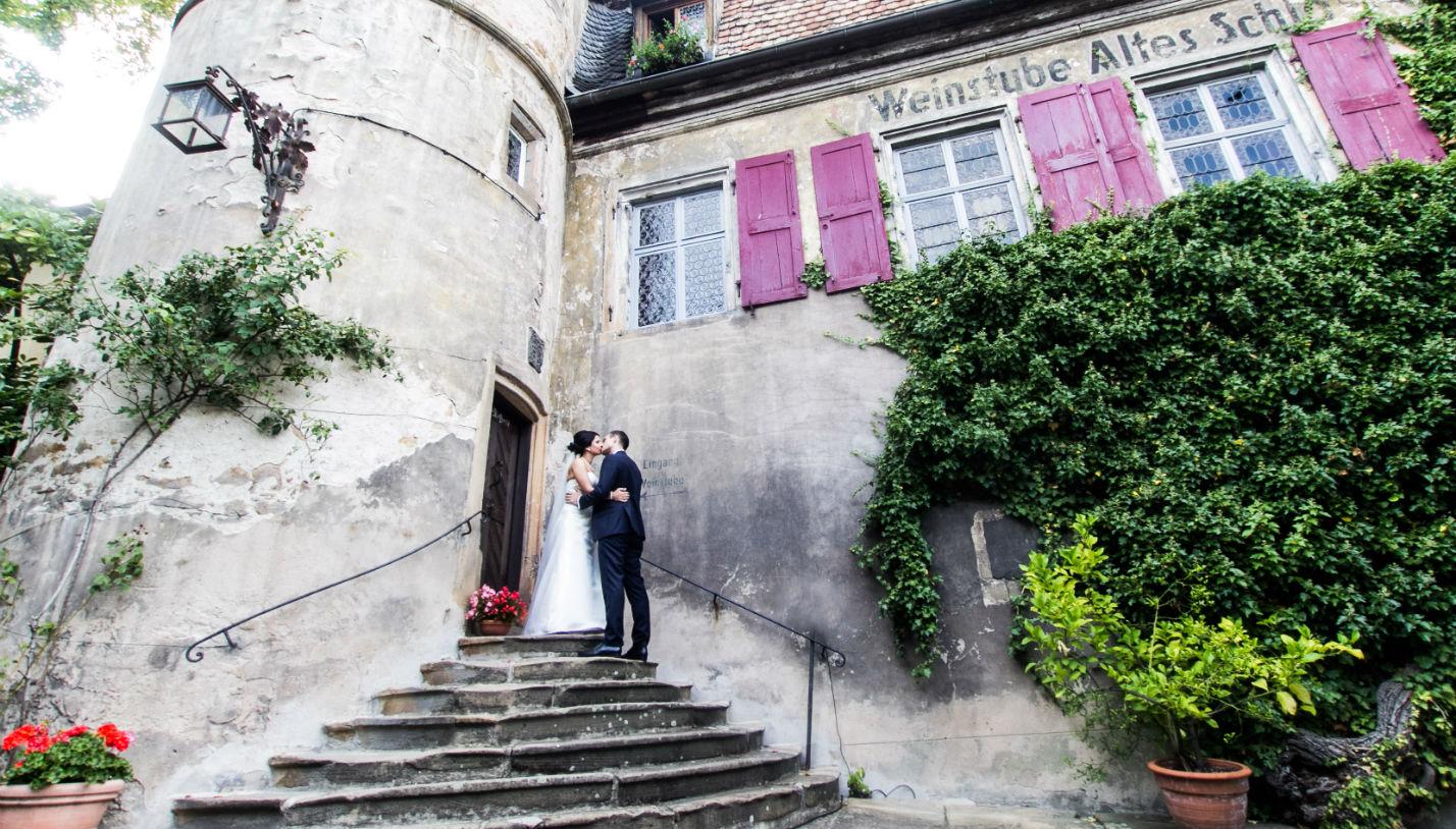 Hochzeitsfotograf Deutsche Weinstrasse brautpaar weingut schloss forst