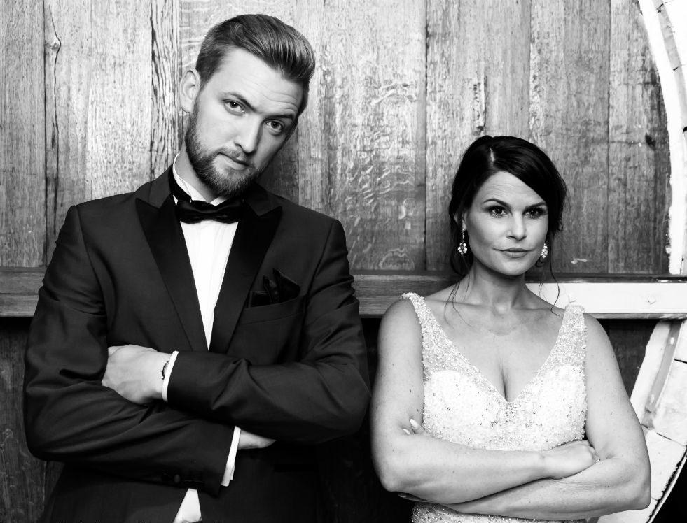 Heiraten in Frankenthal Brautpaar Weinkeller