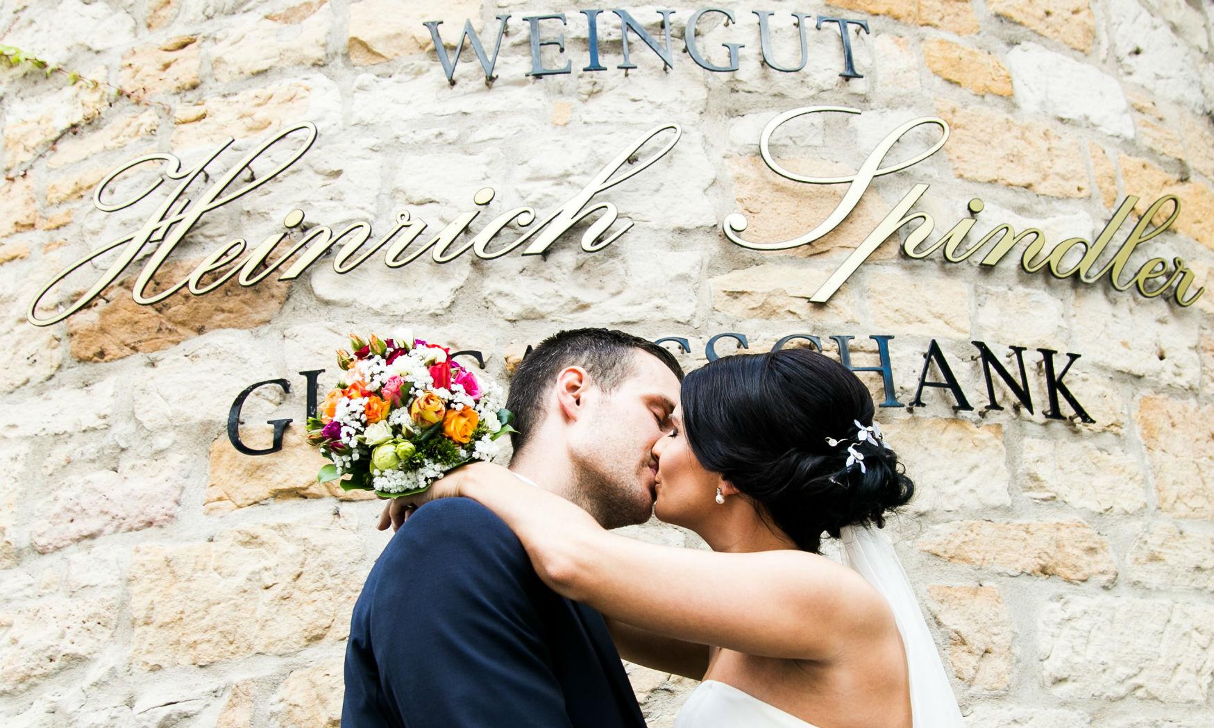 Hochzeit Weingut Pfalz Brautpaar Weingut Spindler Forst Pfalz
