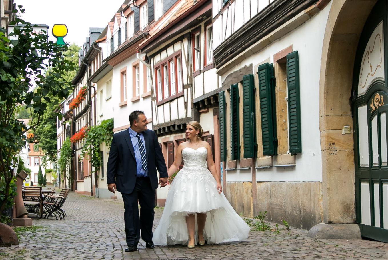 Heiraten in Neustadt Weinstraße Pfalz Brautpaar Altstadt